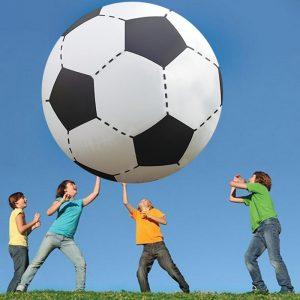 Minge fotbal volei uriașă
